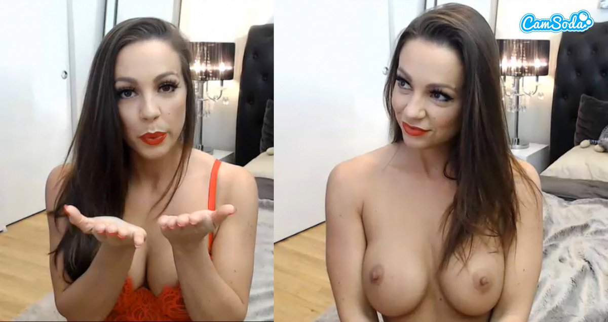 porn star and camgirl Abigail Mac on Cam Soda