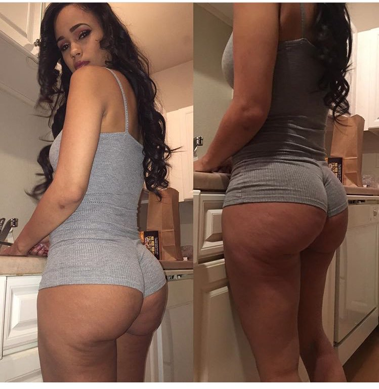Camsoda webcam model Red Rose La Cubana with sexy booty