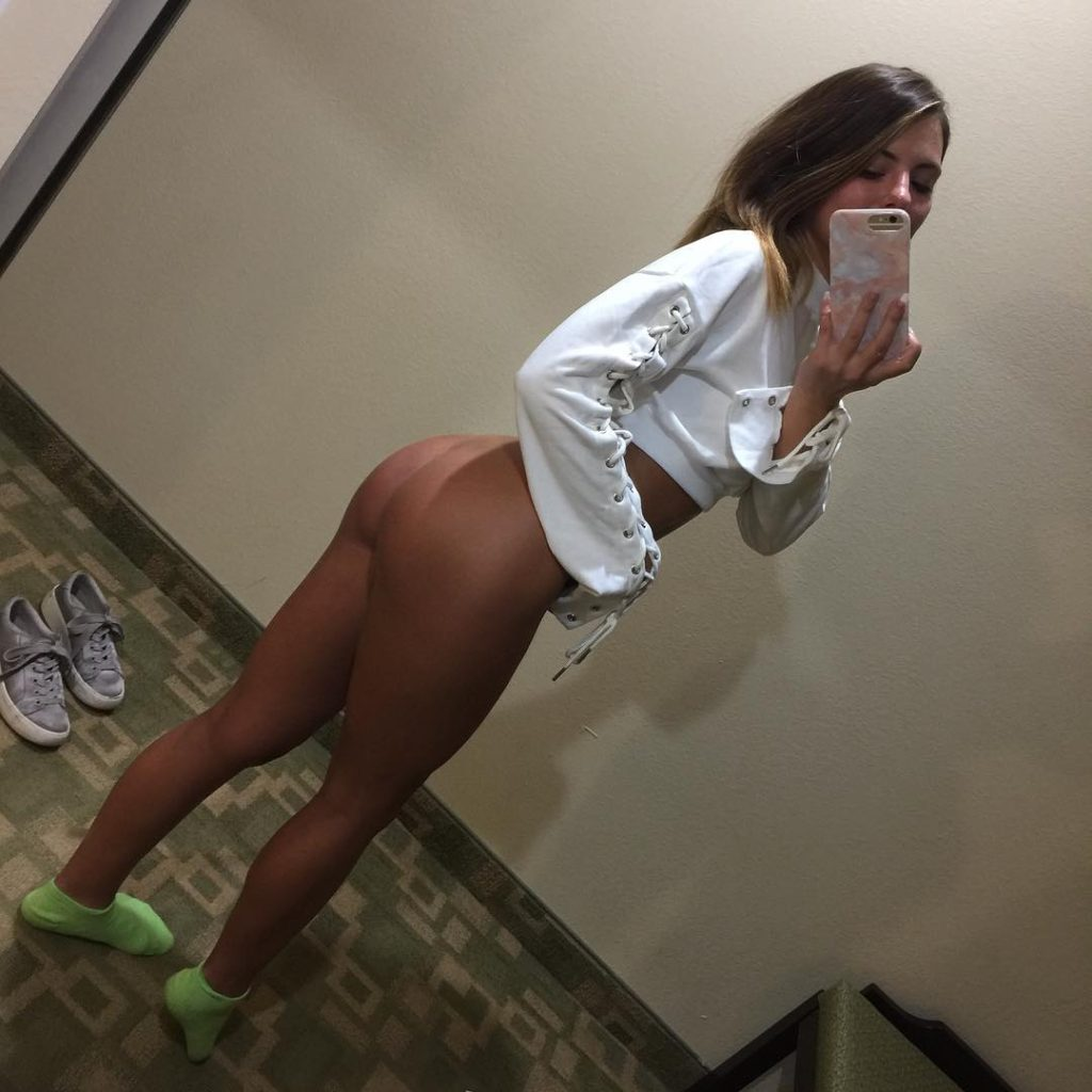 Adriana Chechik takes naked ass selfie