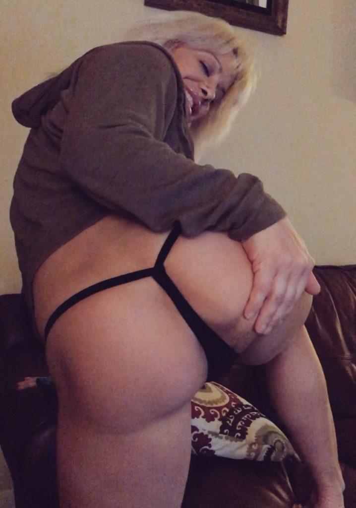 Camsoda.com camgirl and porn star Alyssa Lynn in thong
