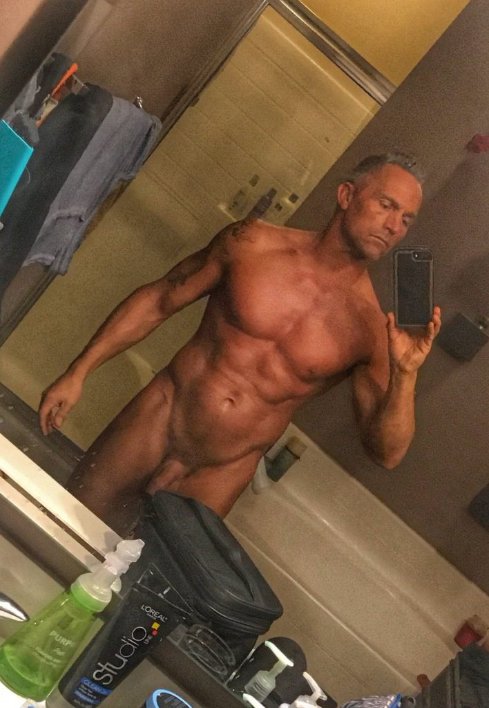 nude selfie by male pornstar Marcus London