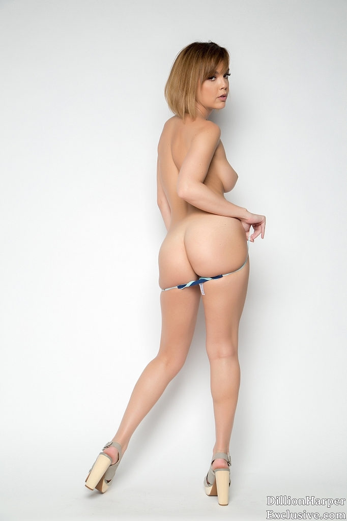 naked Dillion Harper