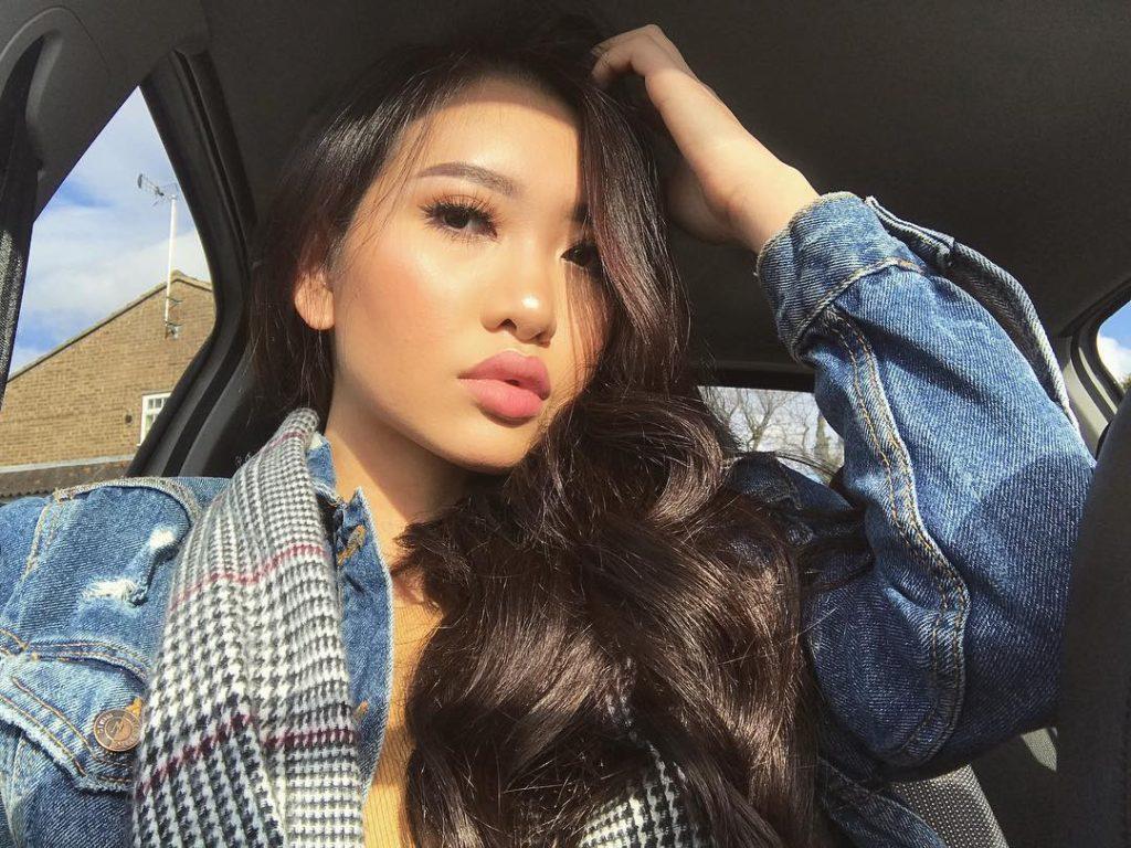 Miss Reina T changes MFC handle & Instagram - Follow