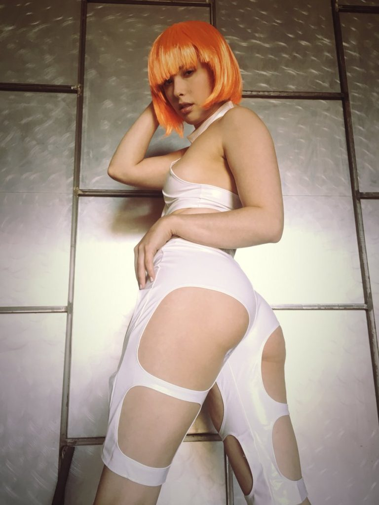 Casey Calvert cosplay as Leeloo from The Fifth Element