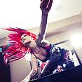 Throwing Up The Horns - image control.gallery.php