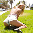 Zishy: California Calls with Lily Ivy - image control.gallery.php