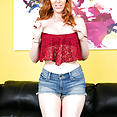 Lauren Phillips in Cherry Pimps Live Sex Show - image control.gallery.php