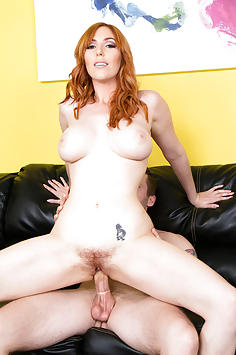 Lauren Phillips in Cherry Pimps Live Sex Show