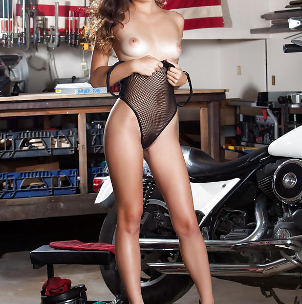 Penthouse Pet Alex De La Flor in Impartial Adjournment